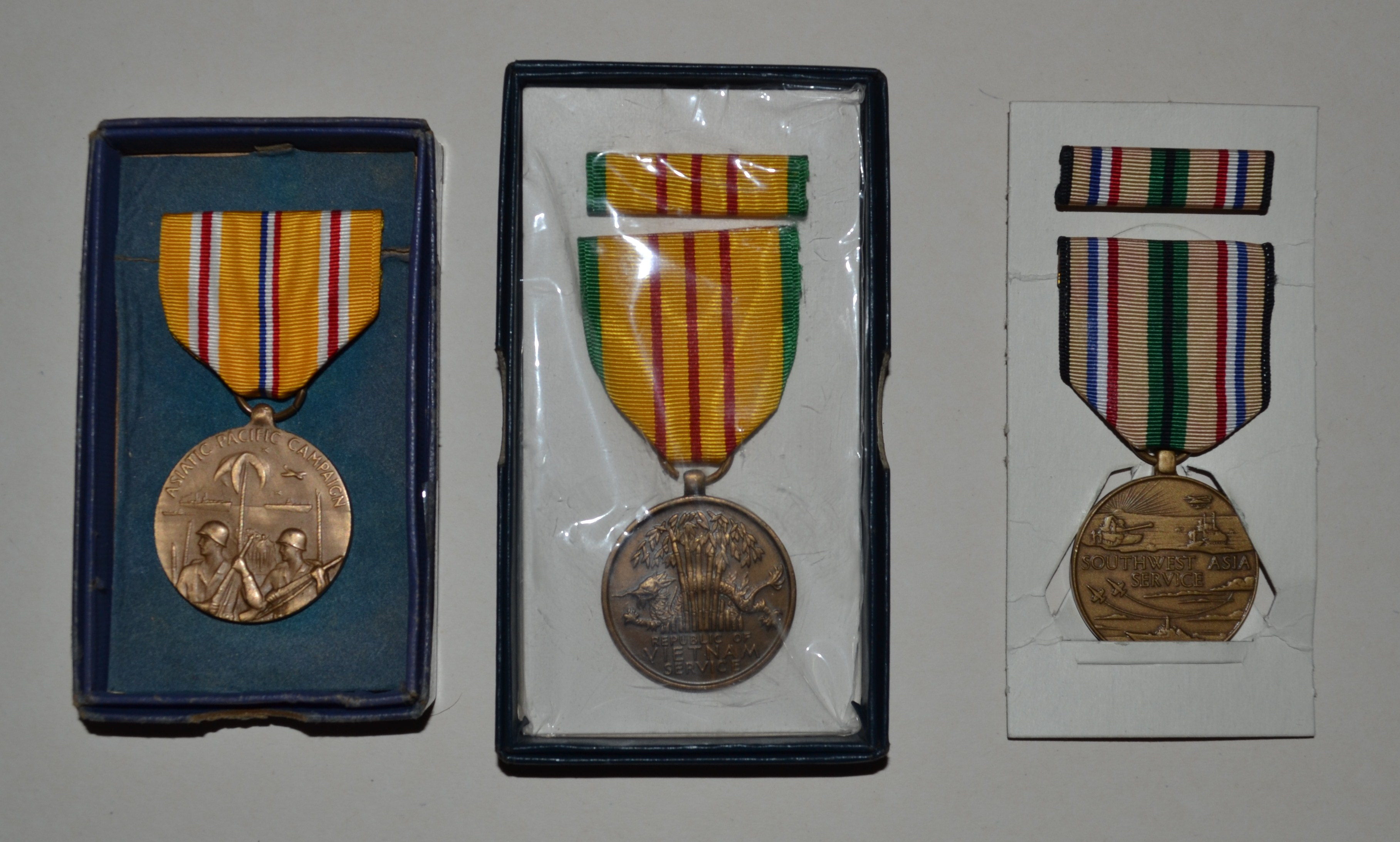 "0ne 6/"" pc of ORIGINAL MINIATURE Medal Ribbon for the DISTINGUISHED FLYING  MEDAL"
